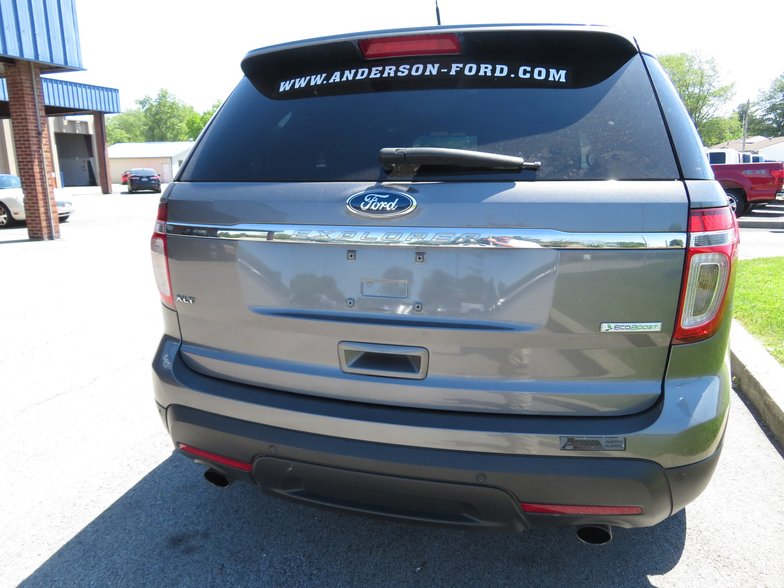 Pre-Owned 2014 Ford Explorer FWD 4dr XLT