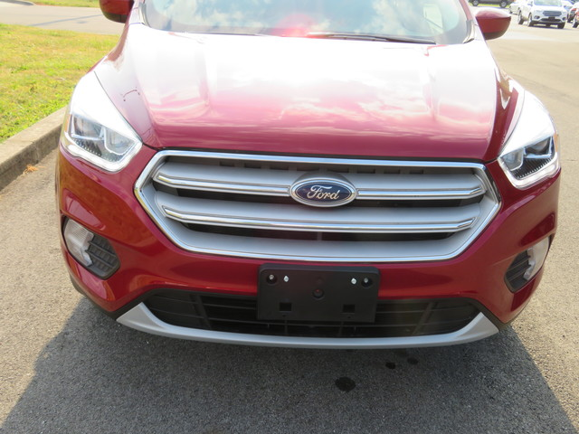 New 2019 Ford Escape SEL FWD