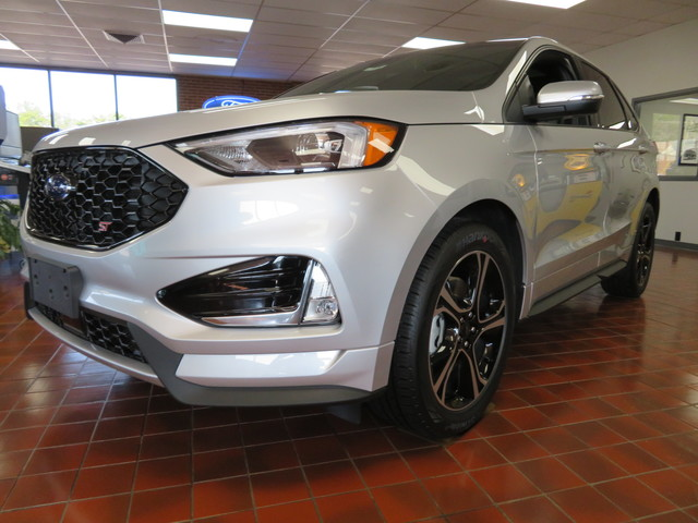 New 2019 Ford Edge ST AWD
